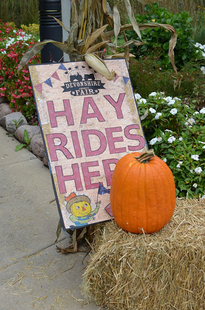 Devonshire County Fair hay ride sign
